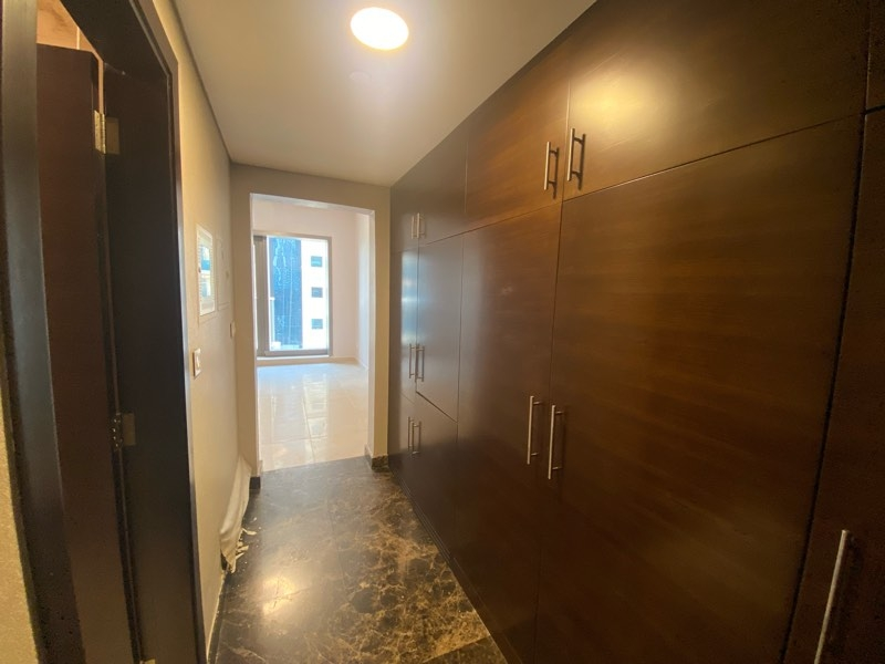 Studio Apartment For Rent in  Sparkle Tower 2,  Dubai Marina   6