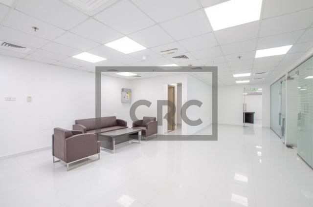 2,432 sq.ft. Office in Jumeirah Lake Towers, One Lake Plaza for AED 1,581,000