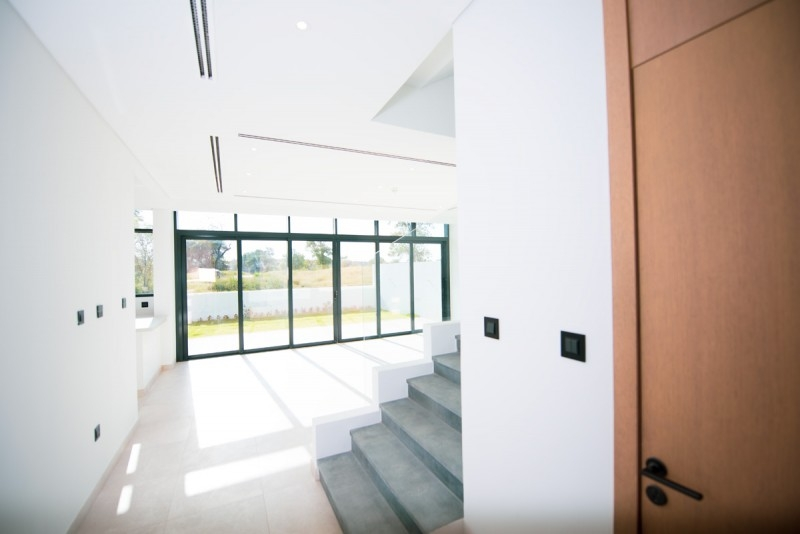4 Bedroom Townhouse For Rent in  Jumeirah Luxury Living,  Jumeirah Golf Estates | 2