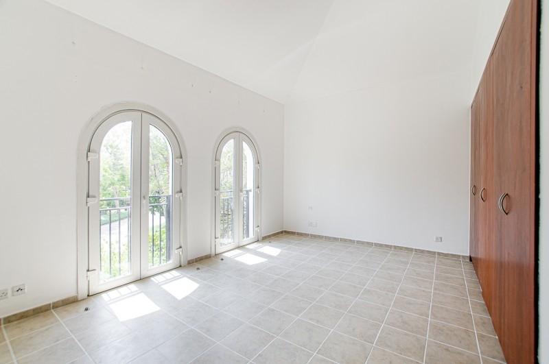 5 Bedroom Villa For Sale in  Family Villas,  Green Community   6
