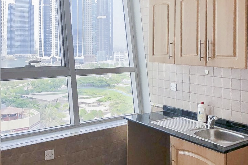 1 Bedroom Apartment For Sale in  Armada Tower 3,  Jumeirah Lake Towers   2