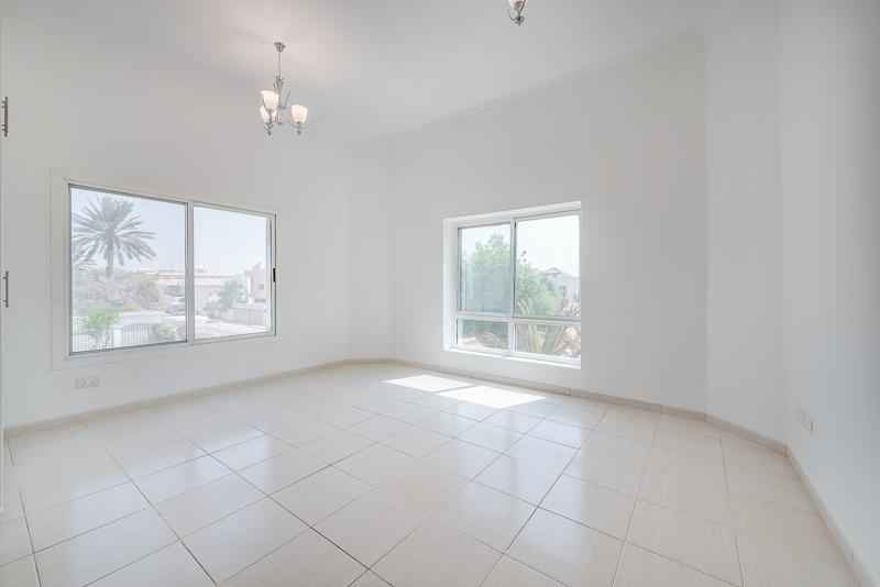4 Bedroom Villa For Rent in  Umm Suqeim 2,  Umm Suqeim | 7