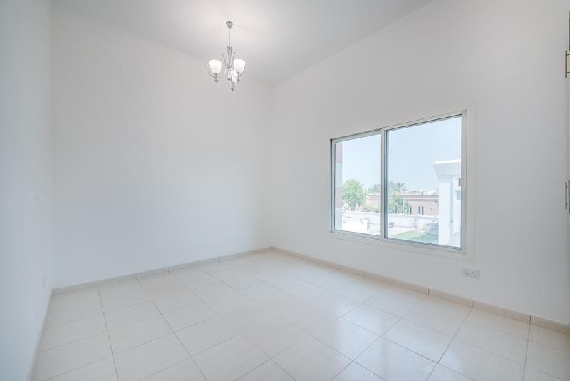 4 Bedroom Villa For Rent in  Umm Suqeim 2,  Umm Suqeim | 10