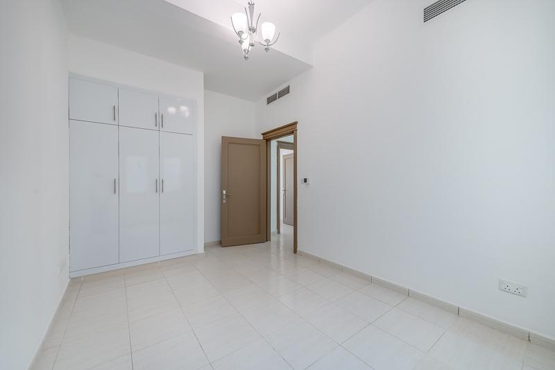 4 Bedroom Villa For Rent in  Umm Suqeim 2,  Umm Suqeim | 11