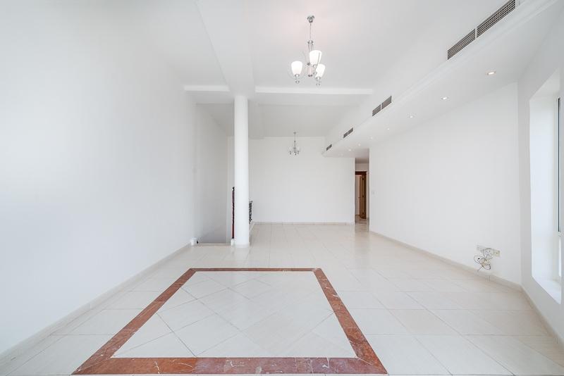 4 Bedroom Villa For Rent in  Umm Suqeim 2,  Umm Suqeim | 14