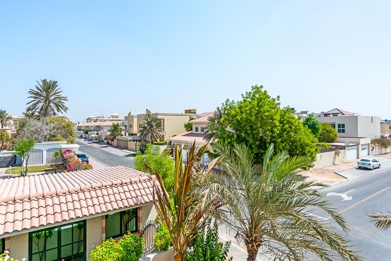 4 Bedroom Villa For Rent in  Umm Suqeim 2,  Umm Suqeim | 15