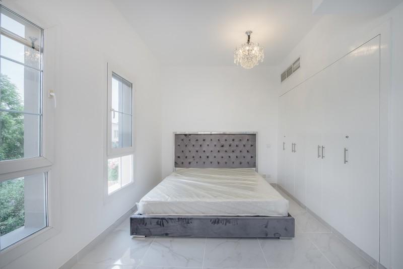 2 Bedroom Villa For Rent in  Springs 15,  The Springs   4