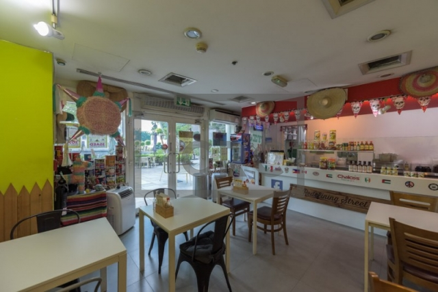 557 sq.ft. Retail in Jumeirah Lake Towers, Lake Terrace for AED 1,100,000