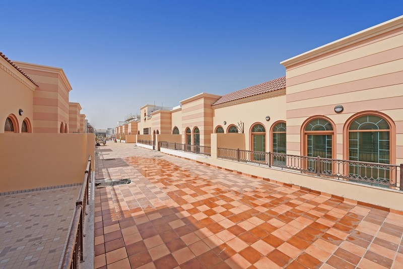 2 Bedroom Apartment For Rent in  Al Ferdous Building 1,  Al Safa   10