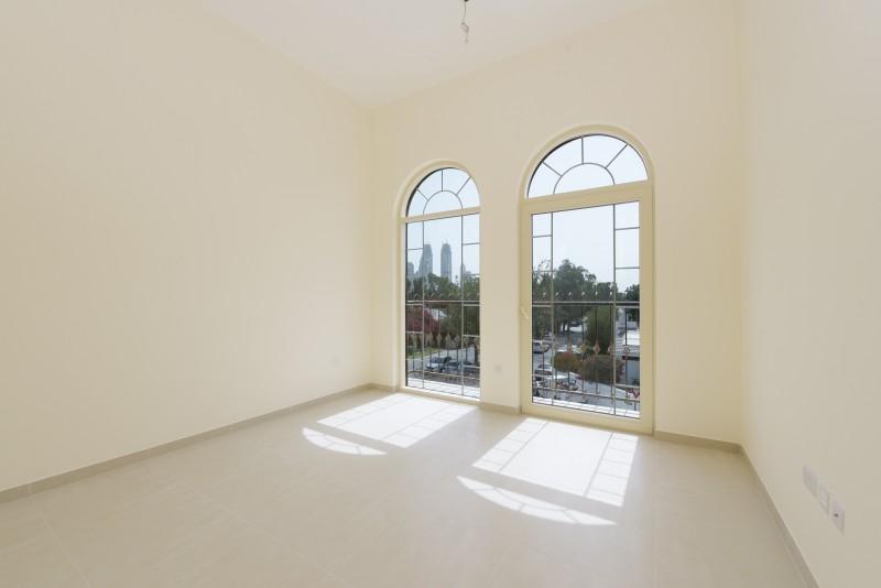 2 Bedroom Apartment For Rent in  Al Ferdous Building 1,  Al Safa   8