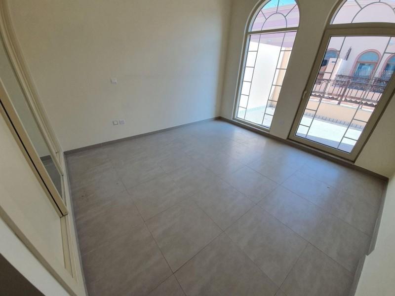 2 Bedroom Apartment For Rent in  Al Ferdous Building 1,  Al Safa   11