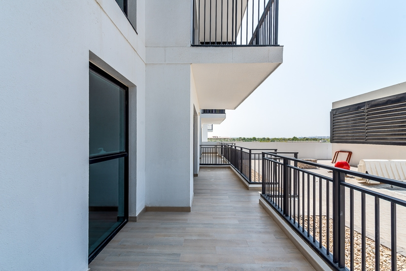 1 Bedroom Apartment For Rent in  Water's Edge,  Yas Island   7