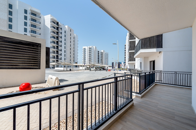 1 Bedroom Apartment For Rent in  Water's Edge,  Yas Island   8