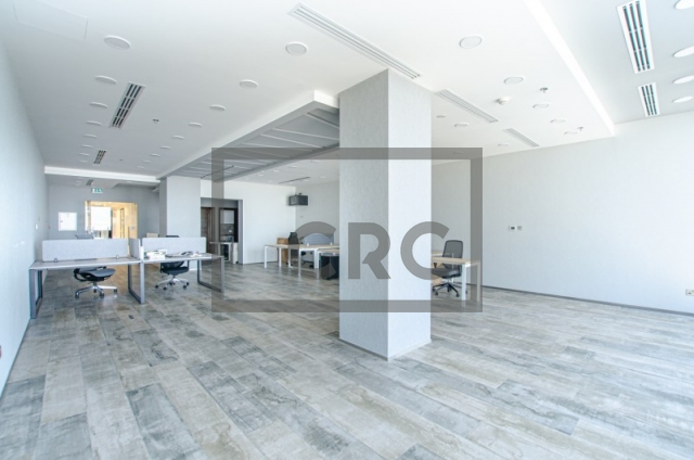 3,101 sq.ft. Office in Business Bay, Iris Bay for AED 4,500,000