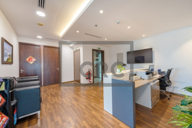 furnished office for sale in business bay, the burlington   1