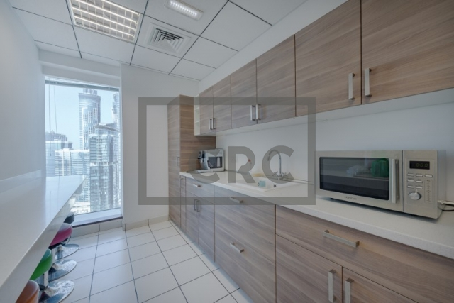 furnished office for sale in business bay, the burlington   4