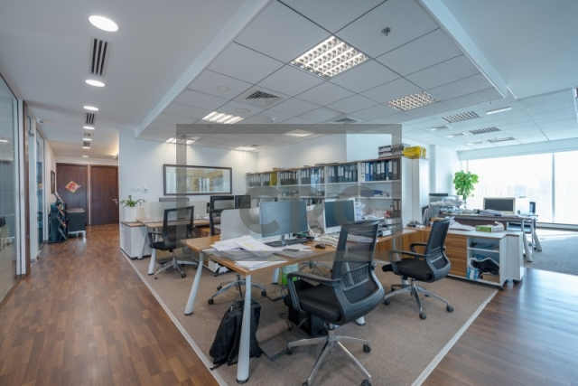 furnished office for sale in business bay, the burlington   5