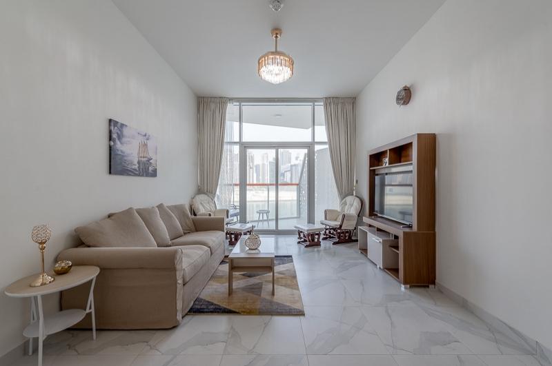 Millennium Binghatti, Business Bay
