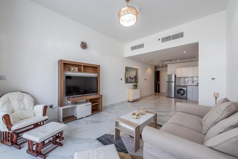 Studio Apartment For Rent in  Millennium Binghatti,  Business Bay | 4