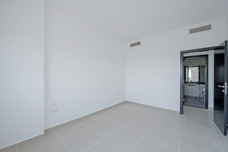 1 Bedroom Apartment For Rent in  Tower 11,  Al Reef   6