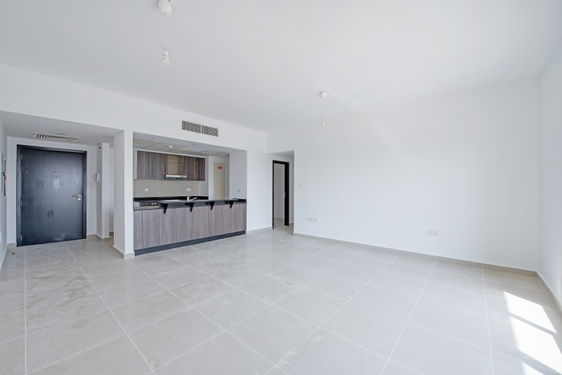 1 Bedroom Apartment For Rent in  Tower 11,  Al Reef   0