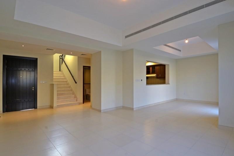 3 Bedroom Villa For Rent in  Mira 2,  Reem | 7