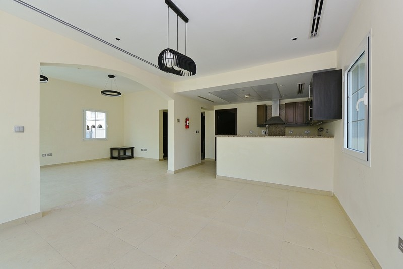 2 Bedroom Villa For Rent in  Mediterranean Villas,  Jumeirah Village Triangle | 2
