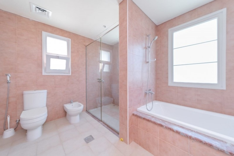 5 Bedroom Villa For Rent in  District 16,  Jumeirah Village Circle   11