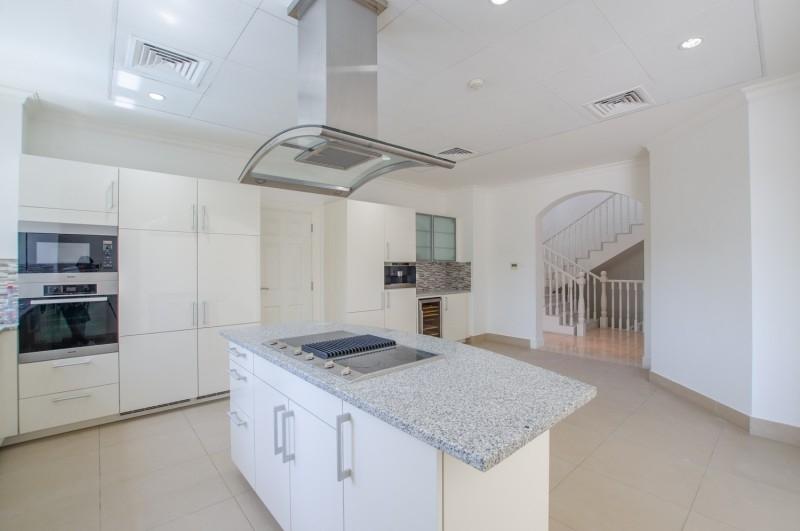 5 Bedroom Villa For Rent in  Olive Point,  Jumeirah Golf Estates | 5