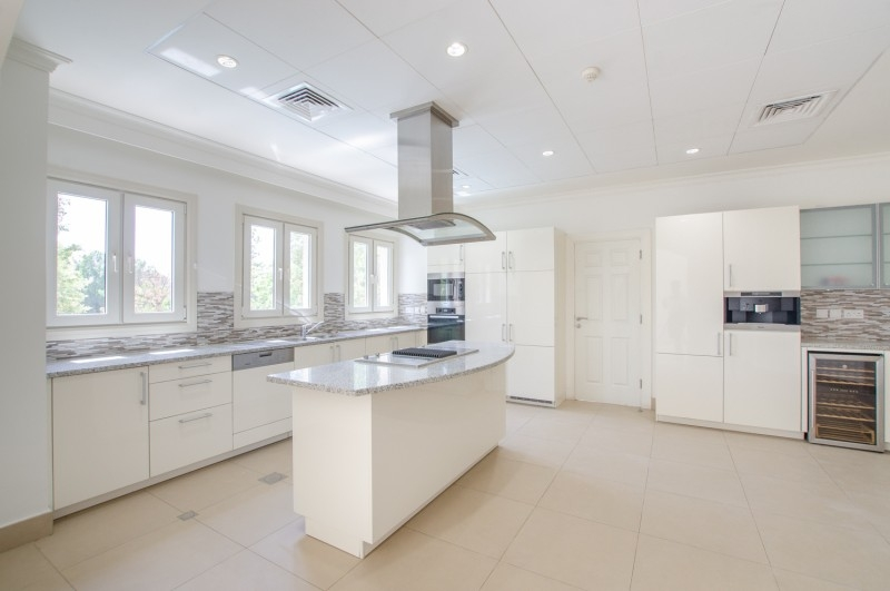 5 Bedroom Villa For Rent in  Olive Point,  Jumeirah Golf Estates | 6