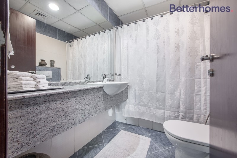 2 Bedroom Apartment For Sale in  Marina Diamond 6,  Dubai Marina | 4