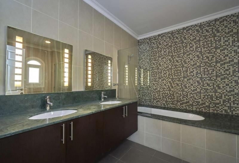 5 Bedroom Villa For Rent in  Sienna Lakes,  Jumeirah Golf Estates   6