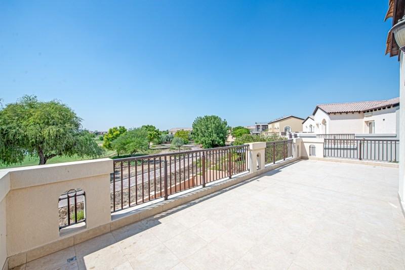 5 Bedroom Villa For Rent in  Sienna Lakes,  Jumeirah Golf Estates   3