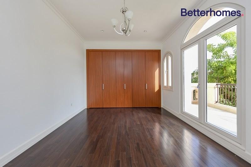 5 Bedroom Villa For Rent in  Sienna Lakes,  Jumeirah Golf Estates   10
