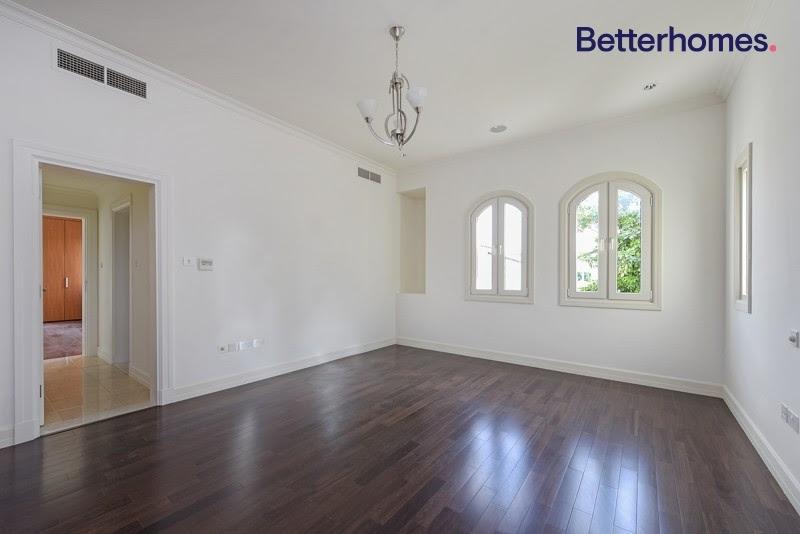 5 Bedroom Villa For Rent in  Sienna Lakes,  Jumeirah Golf Estates   11