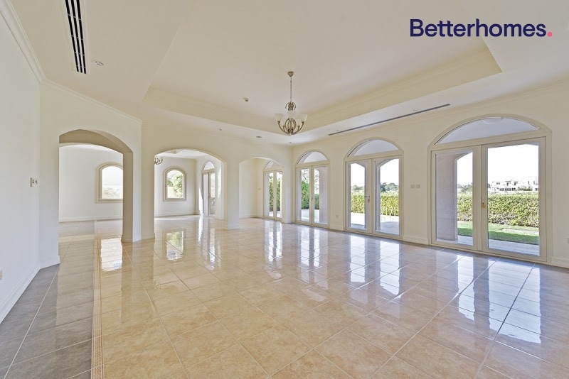 5 Bedroom Villa For Rent in  Sienna Lakes,  Jumeirah Golf Estates   14
