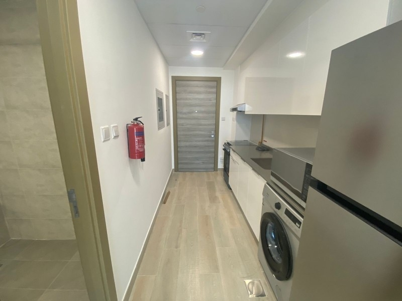 Studio Apartment For Rent in  Bloom Towers,  Jumeirah Village Circle   0