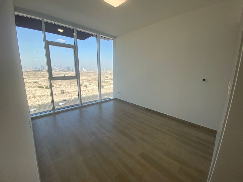 Studio Apartment For Rent in  Bloom Towers,  Jumeirah Village Circle   8