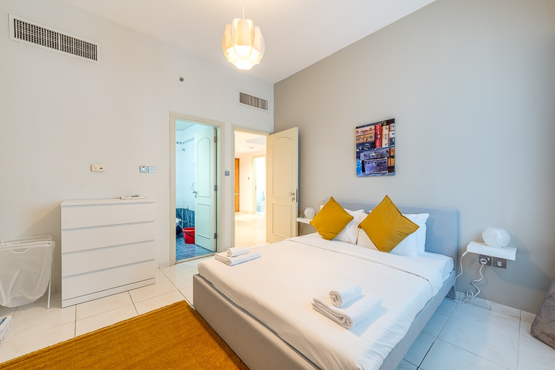 1 Bedroom Apartment For Short Term Rental in  Al Meraikhi Tower,  Sheikh Zayed Road | 2