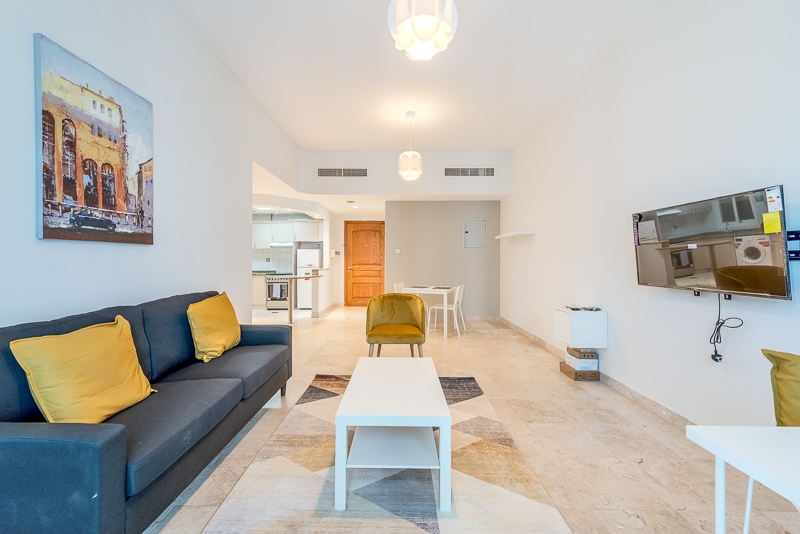 1 Bedroom Apartment For Short Term Rental in  Al Meraikhi Tower,  Sheikh Zayed Road | 0