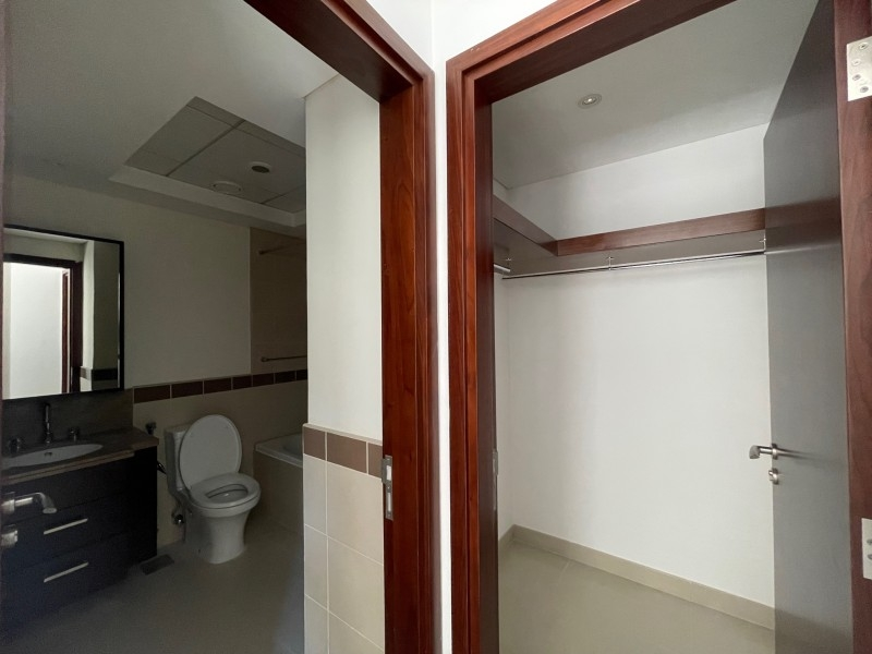 1 Bedroom Apartment For Rent in  29 Burj Boulevard Tower 1,  Downtown Dubai | 8