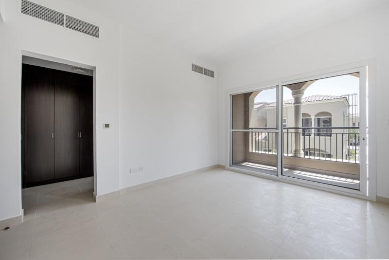 3 Bedroom Townhouse For Sale in  Casa Dora,  Serena   3