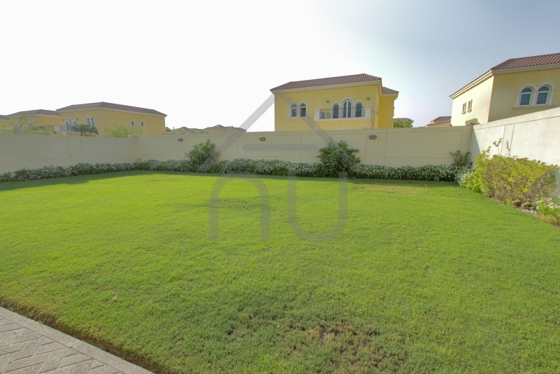 3 Bed Large   Rare Big Plot   Near Clubhouse
