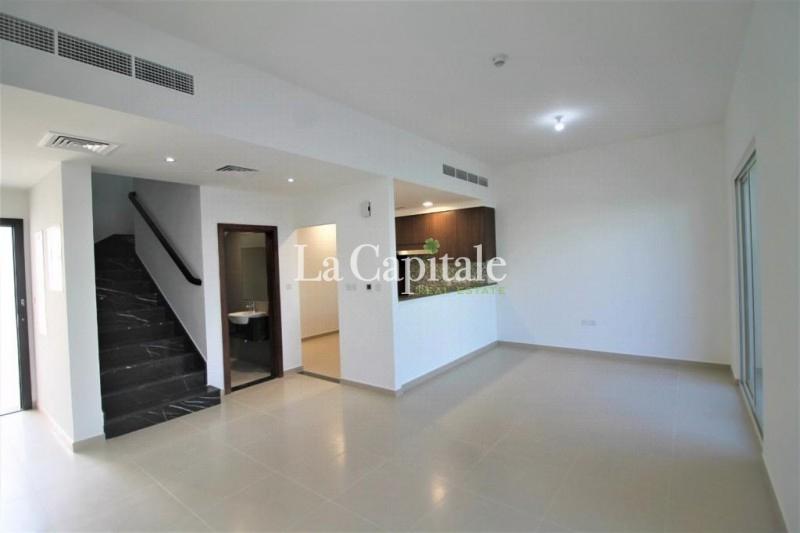 Single Row | Huge Plot | Genuine listing