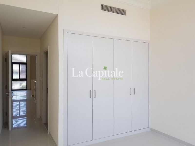 Sunrise Facing   Spacious Unit   Well Maintained