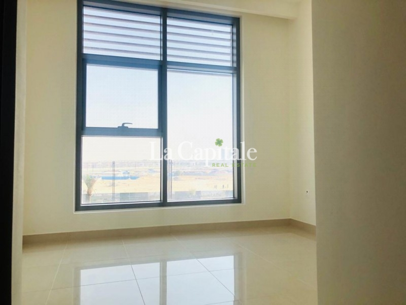 Semi-furnished | Vacant |Partial Park view