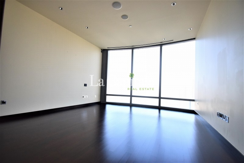 High Floor | Panoramic Fountain View | Just Vacant
