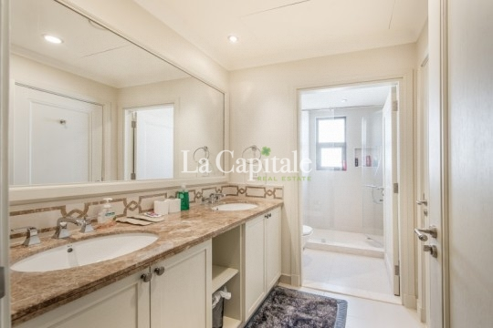 Large 6 Bed+Study+Maids | Landscaped Garden