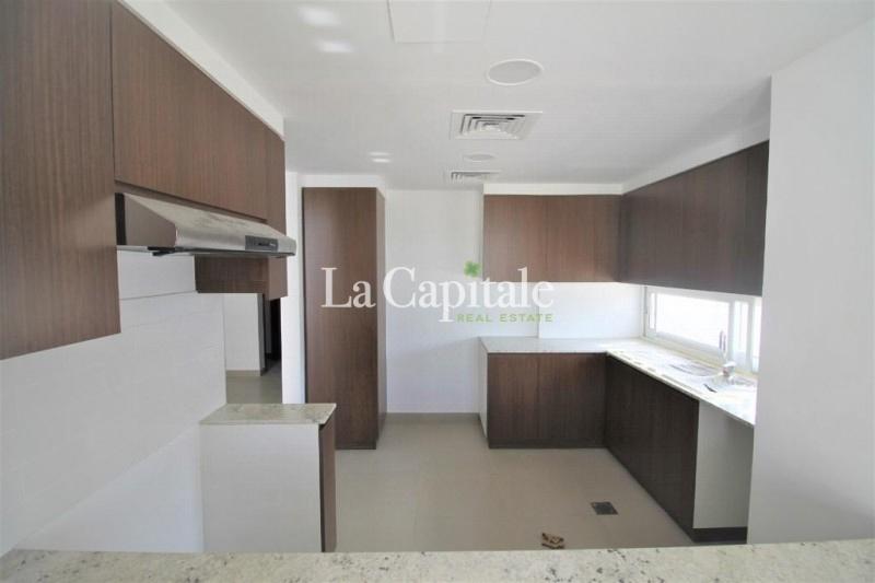Fully Upgraded Villa | Corner Unit | Big plot